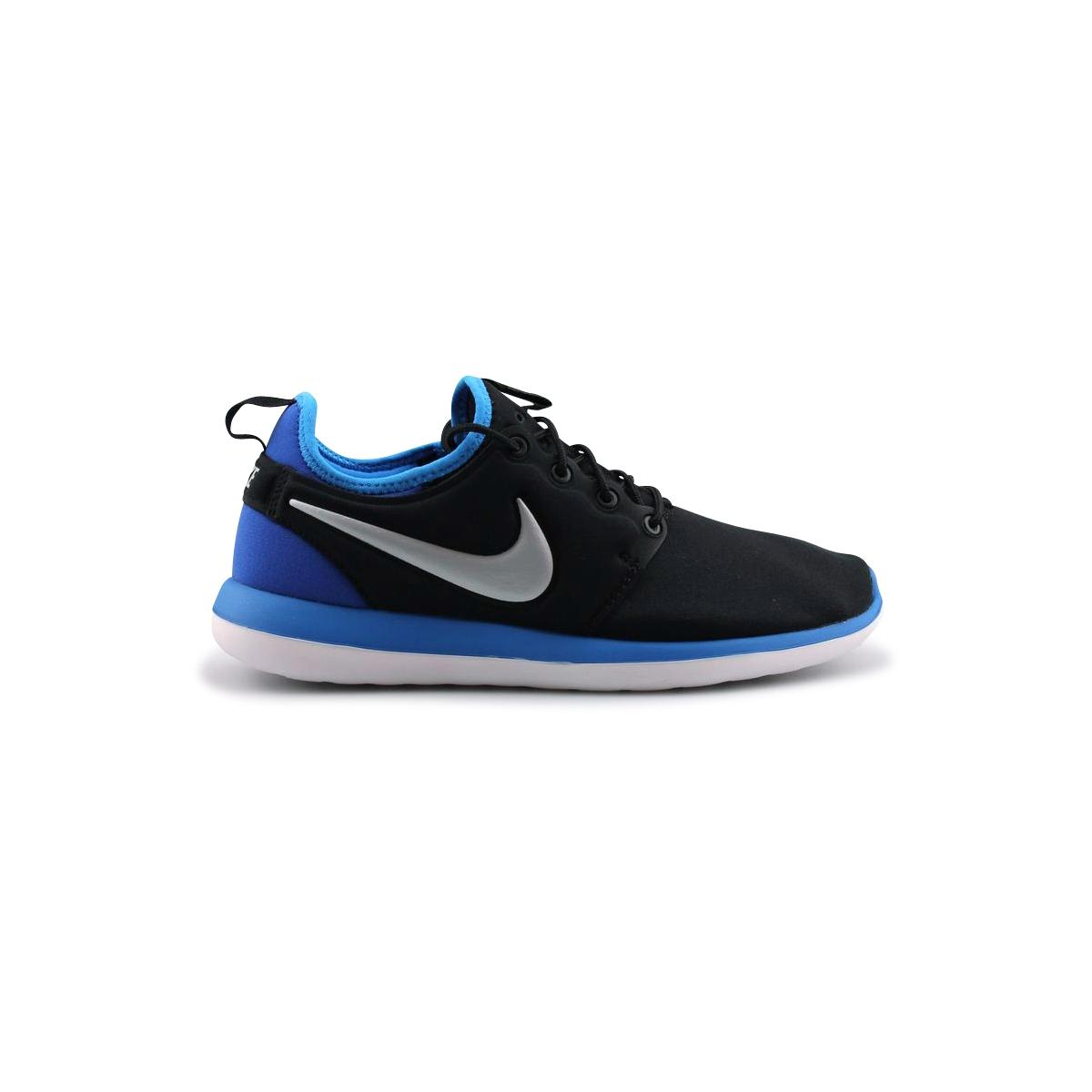 Homme Baskets basses Nike Roshe Two Junior 844653 002 Noir