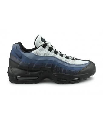 NIKE AIR MAX 95 ESSENTIAL NOIR 749766-028